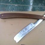tommy guns knife